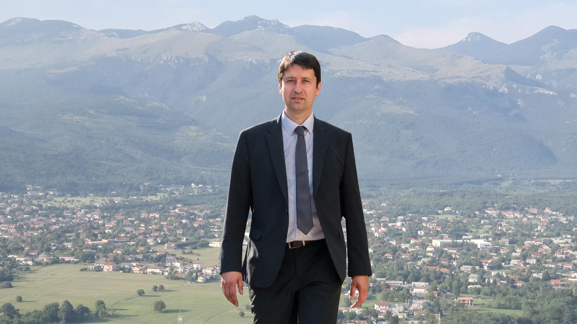 Robert-Marcelja-kandidatura-2021 - Biografija -